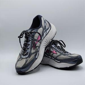 Brooks Dyad 8 Running Shoes Sz 9.5